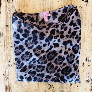 🌟2 for $10!! EUC Sweet Pea Leopard Blouse